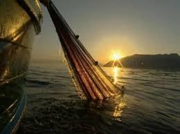 il_prefett_di_catania_incontra_i_pescatori_acesi