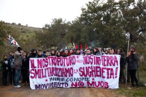 i_no_muos_non_arretrano_sfidando_l_america_e_l_italia_connivente_