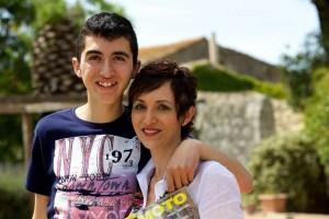Toti e sua madre, Muni Sigona in foto.